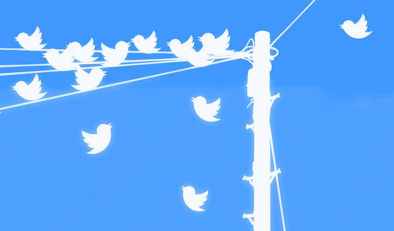 Multiple Tweets Plain - Lic. Creative Commons - https://flic.kr/p/dVaqmj