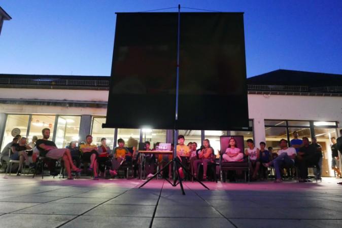 Cinemaximiliaan: woonkamer voor nieuwkomers